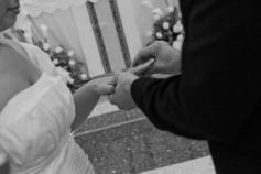 brides-ring-close-up_mg_0432