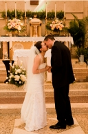 corey-rob-kiss-bride_mg_0465