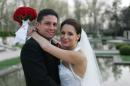 weepwa_bride_and_groom_thumb